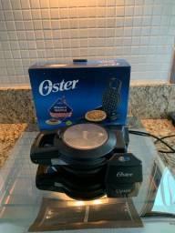 Máquina de waffle  oster