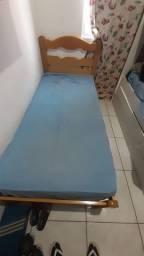 vendo 02 cama de solteiro por R$ 120,00