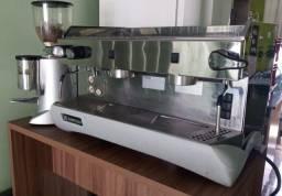 Título do anúncio: Maquina de Café Profissional c/ muinho .