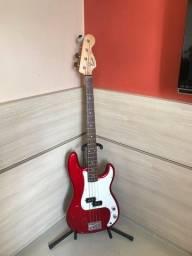 Título do anúncio: Contrabaixo Squier Fender P-Bass com bag (capa)