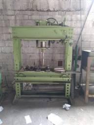 Prensa hidráulica 65 Ton. Motorizada.