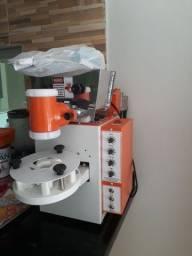 Título do anúncio: Máquina de fazer coxinhas compacta print