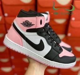 Título do anúncio: Botinha Nike Air Jordan feminina (PROMOÇÃO)