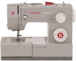 Título do anúncio: Máquina de costura Singer Facilita Pro 4423 cinza 220V