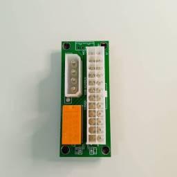 Adaptador para ligar duas fontes ATX<br><br>