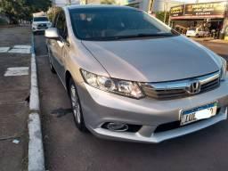 Civic automático lxs 2014 ( impecável)