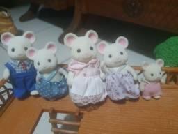 Título do anúncio: Família ratos brancos sylvanian families
