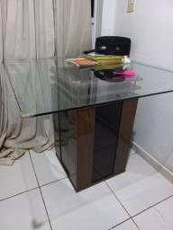 Título do anúncio: Vendo mesa de vidro sem cadeiras