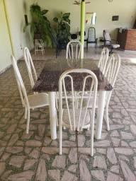 Mesa de ferro com tampo em Granito e 6 cadeiras de ferro
