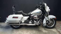 Harley davidson electra glide clássic flhtc touring