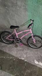 Bicicleta infantil semi-nova