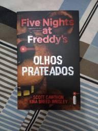 Livro Five Nigths at Freddy's