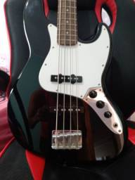 Baixo Fender squier affinity  j bass
