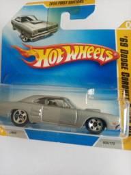 Hotwheels 69 Dodge Coronet Super Bee - RARIDADE