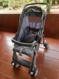 Carrinho de bebê marca Burigoto