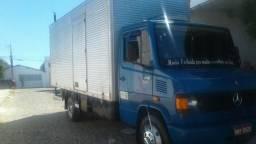 Caminhão 710 Extra - 2011