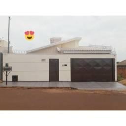 Vende -se Casa em Patos de Minas no Bairro Barreiro