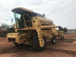 Colhedeira New Holland TC57