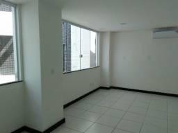 Aluga-se duas salas ( uma de 26 m2 e outra de 19 m2)