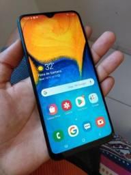 Samsung A20 32GB/Biometria/Tela 6.0/Desbloqueio Facial/Dual-Chip