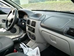 Vendo Renault Clio sedã muito bom R$ 9.900 - 2005