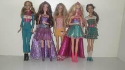 Vendo boneca barbie