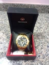 Venda ou Troca / Relógio Tecnhos Legacy Dourado