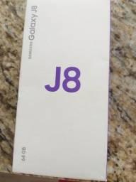 J8 telefone Samsung j8 em perfeito estado 2 anos de garantia