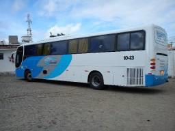Ônibus Executivo 48 Lugares