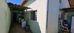 Linda Casa no Bairro Tropical