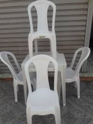 conjunto mesa  4 cadeiras  PVC bistrô