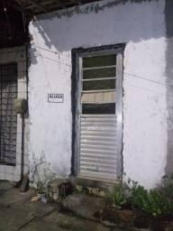 Casa pra alugar (proximo a estaçao cajueiro seco)