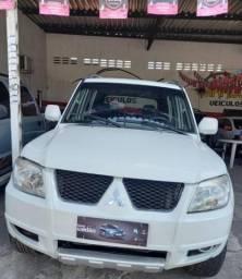PAJERO TR4 2014/2015 2.0 4X2 16V 140CV FLEX 4P AUTOMÁTICO