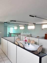 Galpão para alugar, 1460 m² por R$ 10.000,00 - Chácaras Tubalina - Uberlândia/MG