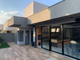 Título do anúncio: Linda casa térrea mobiliada no condomínio Portal do Sol Green!