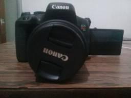 Título do anúncio: Câmera Canon T6i 18-55 mm