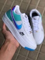Título do anúncio: Tênis Nike Air Force one holográfico - $160,00 / @ llashoess