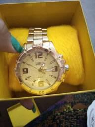 Vendo relógio invicta de meu uso,R$100,00 tá de graça