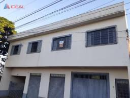 Apartamento com 1 dormitório para alugar, 80 m² por R$ 800,00/mês - Jardim Itaipu - Maring