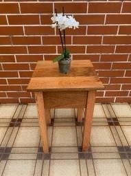 Título do anúncio: Mesinha Madeira Rústica Decoração Mesa Lateral Pedestal