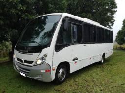Título do anúncio: Micro ônibus Neobus Tander + executivo / rodoviário - Mercedes LO 812