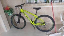 Bicicleta Aro 29 Tam 17 Shimano