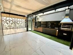 RT- Exclusivo ! Casa Duplex 268m2 Com Piscina e Churrasqueira! Com moveis projetado!