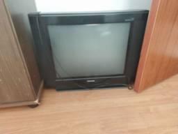 Televisão 50 chuveiro nunca usado 50 e conversor digital com controle 50