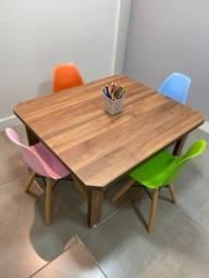 Mesa/Cadeiras infantil