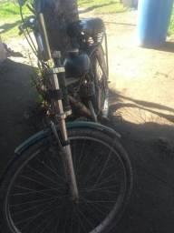 Motocicleta vendo 800