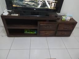 Móvel para tv em madeira