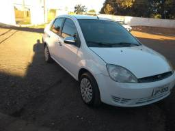 Fiesta sedan 1.0 quitado em dias 65 981177018 - 2006