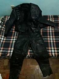 Conjunto de couro jaqueta +calça