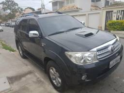 Hilux sw4 7 lugares - 2010